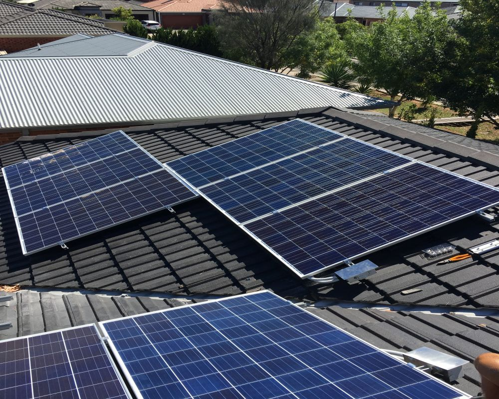 our work residential solar panels and solar energy systems energis melbourne. Black Bedroom Furniture Sets. Home Design Ideas